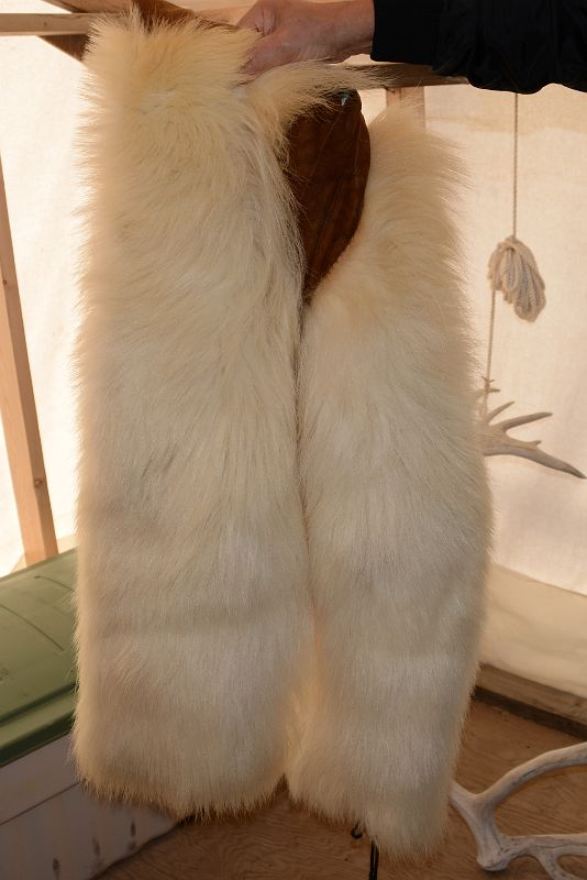 08F Polar Bear Pants Are Worn In The Winter When it Gets Really Cold