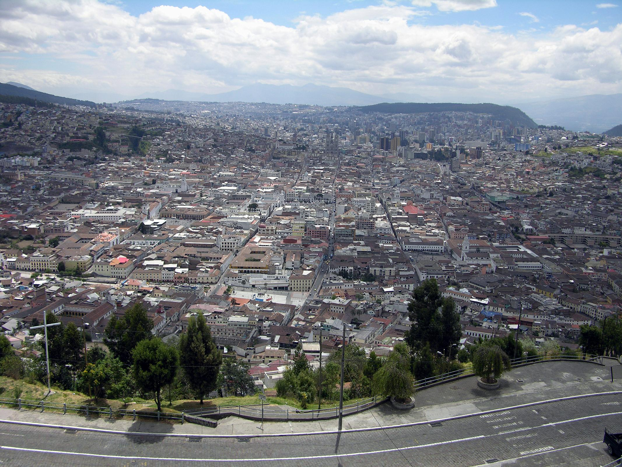Ecuador quito 06 04 old quito view from el panecillo for Best old pictures
