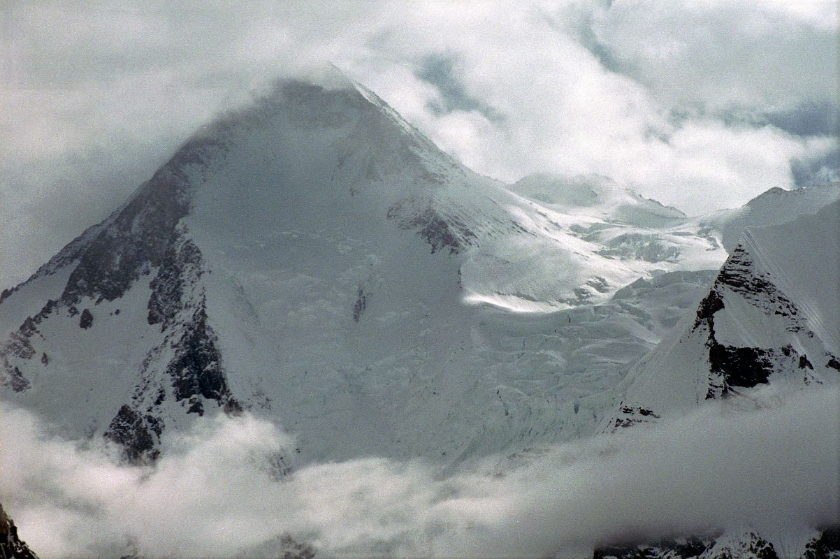 K2 West Face from Concordia  K2 Bodies