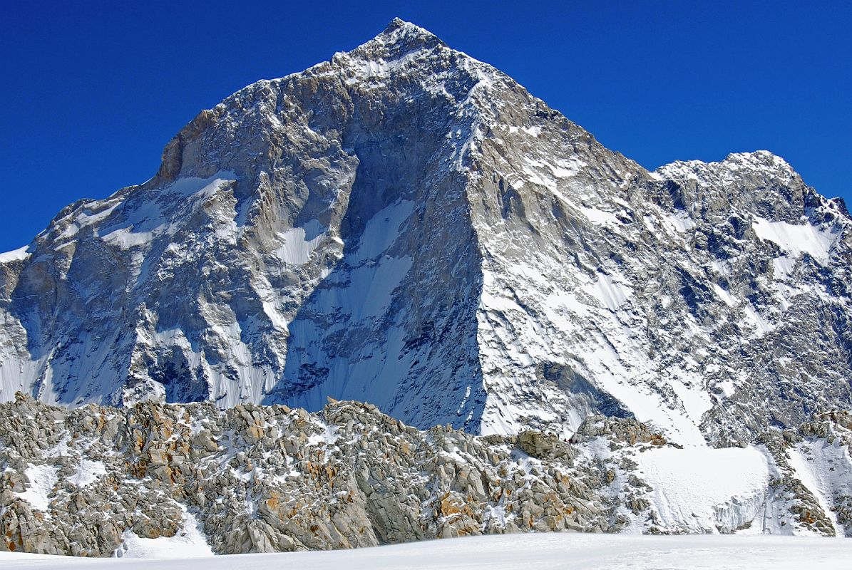 10%2014%20Makalu%20West%20Face,%20West%20Pillar,%20Southwest%20Face%20And%20East%20Col%20From%20Glacier%20To%20West%20Col