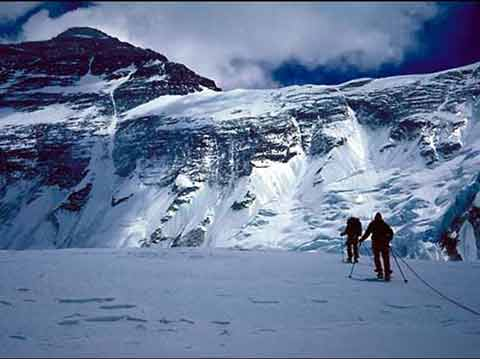 Marty Hoey and Jim Wickwire heading rowards Everest North Face - Everest North Wall DVD
