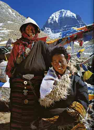 Kailash North Face: Pilgrim Mother And Son - Himalaya The Secret Of The Golden Tara By Dieter Glogowski book