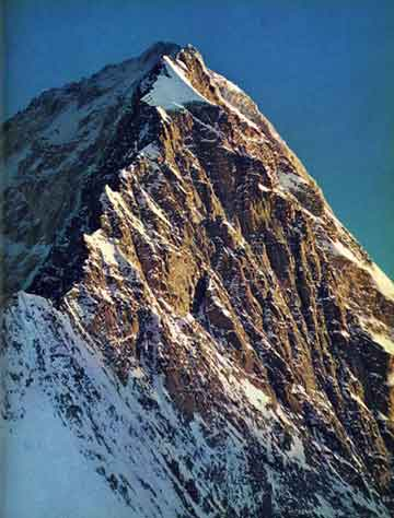 The difficult and dangerous Gasherbrum IV northeast ridge has an endless series of knife edge rocks faces, overhangs, ice cliffs, and cornices - Karakoram The Ascent Of Gasherbrum IV book