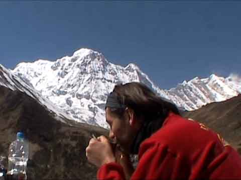 Annapurna South To Fang From Machapuchare Base Camp - Le Sanctuaire des Annapurnas (The Annapurna Sanctuary) DVD