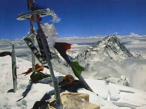 Everest Summit in 1992 With Makalu Beyond - Los Ochomiles: Karakorum e Himalaya book