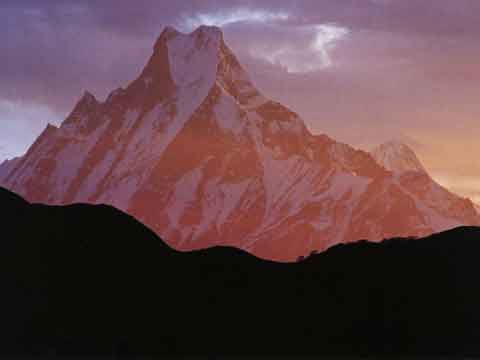 Machapuchare From Poon Hill - Nepal: Kathmandu Valley, Chitwan, Annapurna, Mustang, Everest (Lonely Planet Pictorial) book