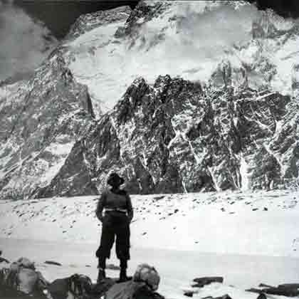 The Last Man On The Mountain - Dudley Wolfe With Broad Peak On Last Day Of Trek To K2 Base Camp May 31, 1939 - The Last Man On The Mountain book