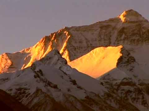 Mount Everest North Face At Sunrise - Tibet: Mit dem Motorrad zum Mount Kailash DVD