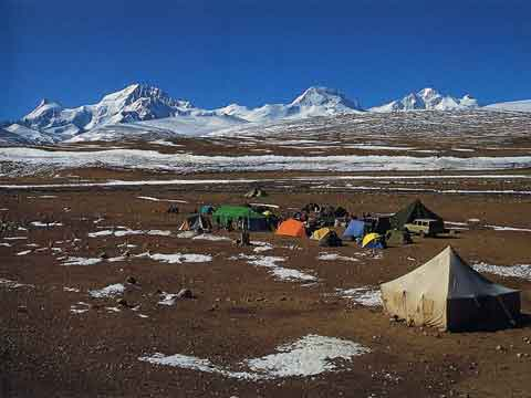 Shishapangma From Chinese North Base Camp - Wanda Rutkiewicz: A Caravan of Dreams book