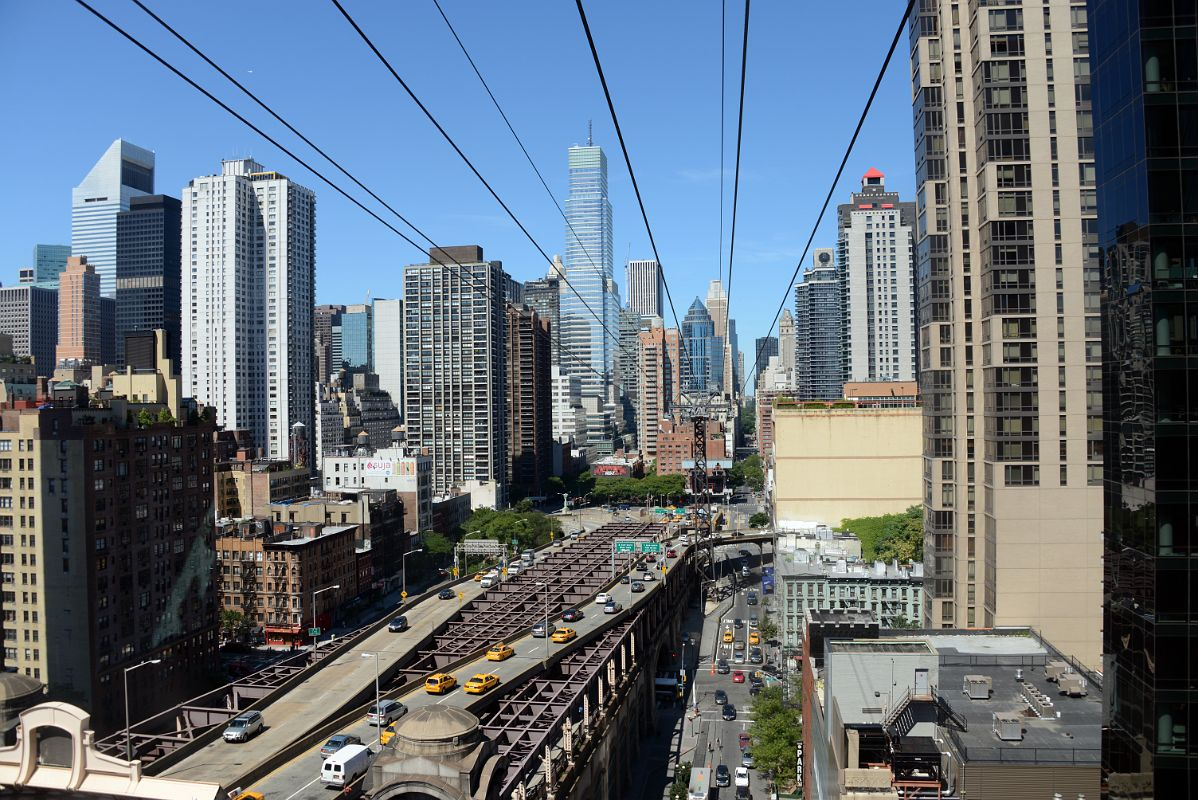 07 new york city roosevelt island tramway looking back at for 200 lexington ave new york