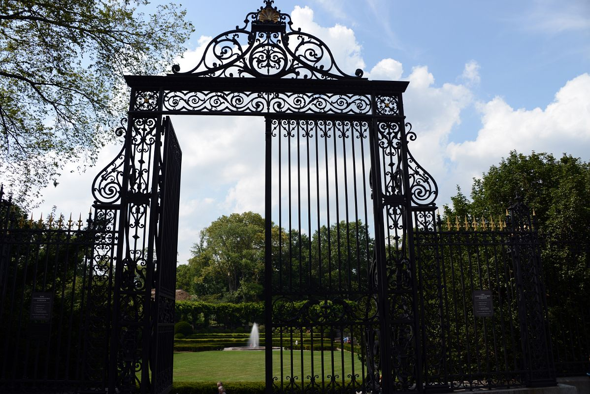 36a The Main Entrance To The Conservatory Garden Is