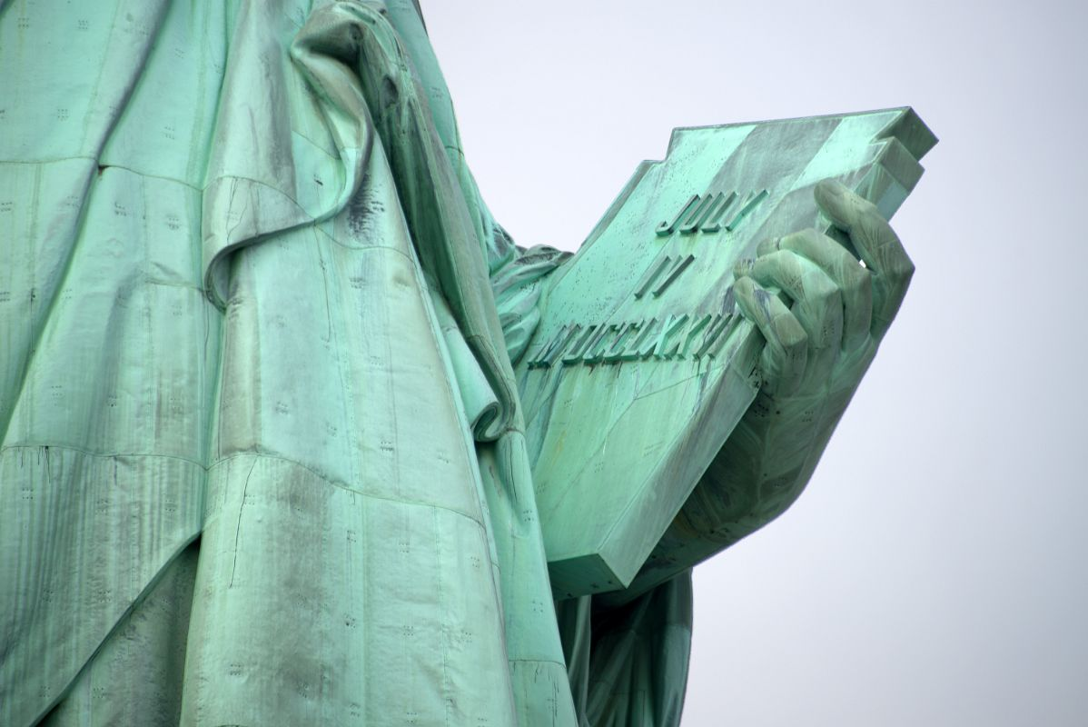 10-04 Statue Of Liberty Hand Holding The Book With Inscription ...
