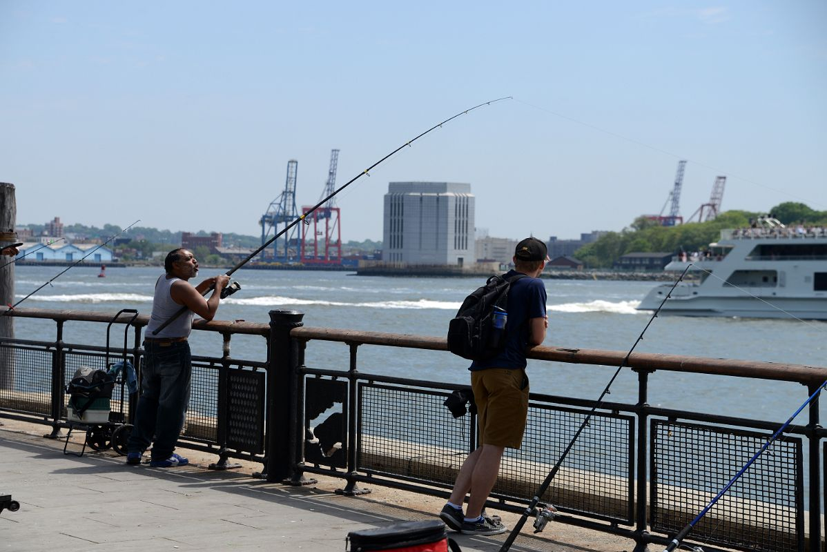 25 10 fishing in the hudson river from battery park in new for New york fishing