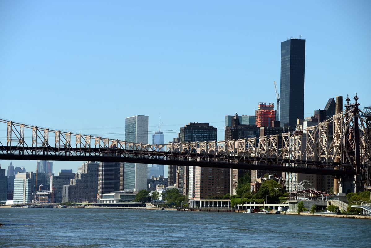 54 new york city roosevelt island looking dow the east river to