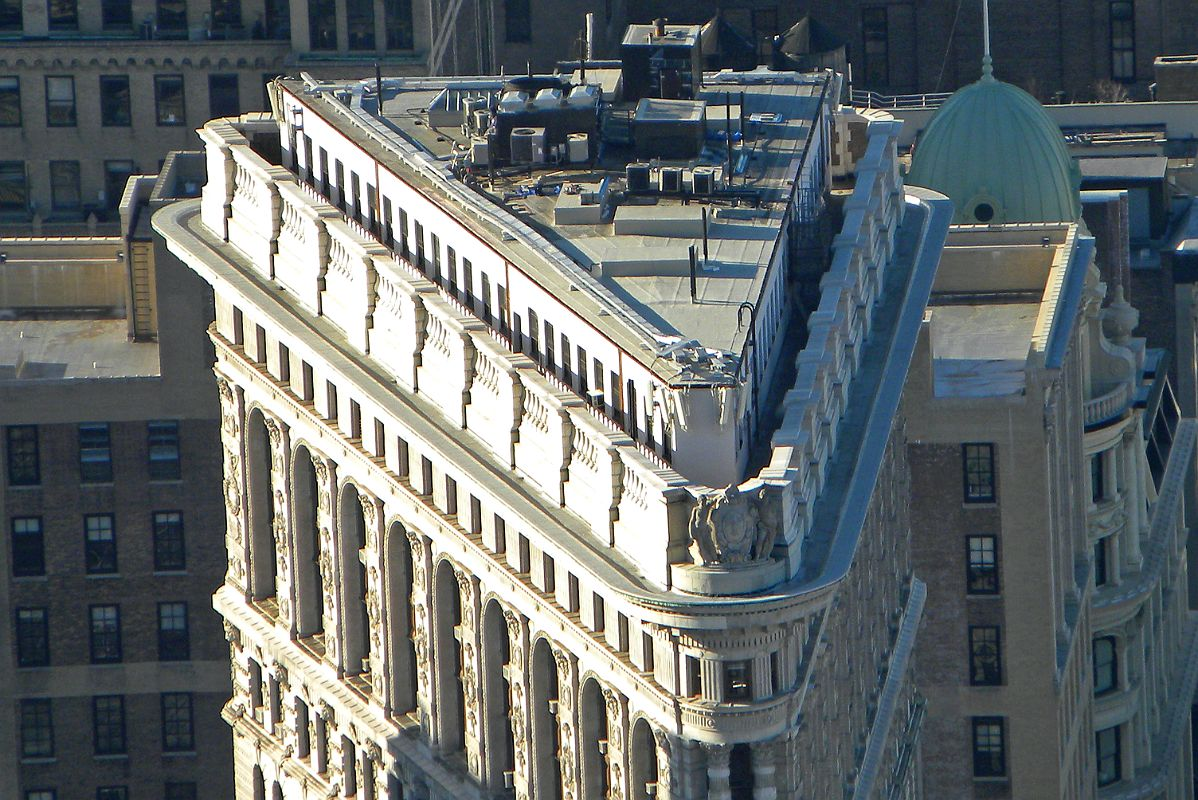 01 3 Flatiron Building Roof Close Up From New York City