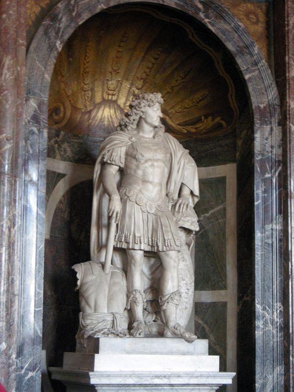 Paris Versailles 17 Venus Salon - Jean Warin Statue Young Louis XIV